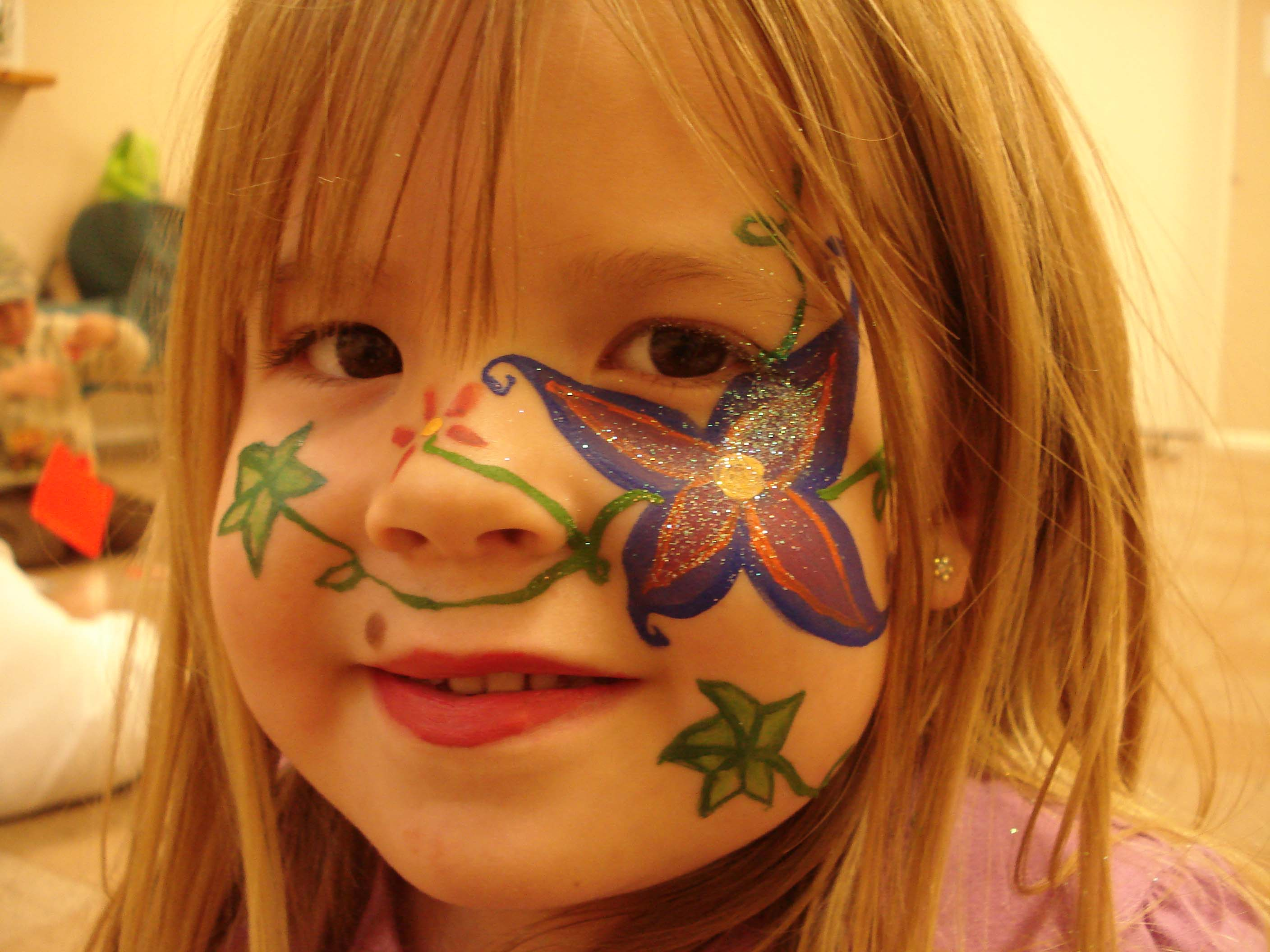 flower-face-adelaide-face-paint.jpg